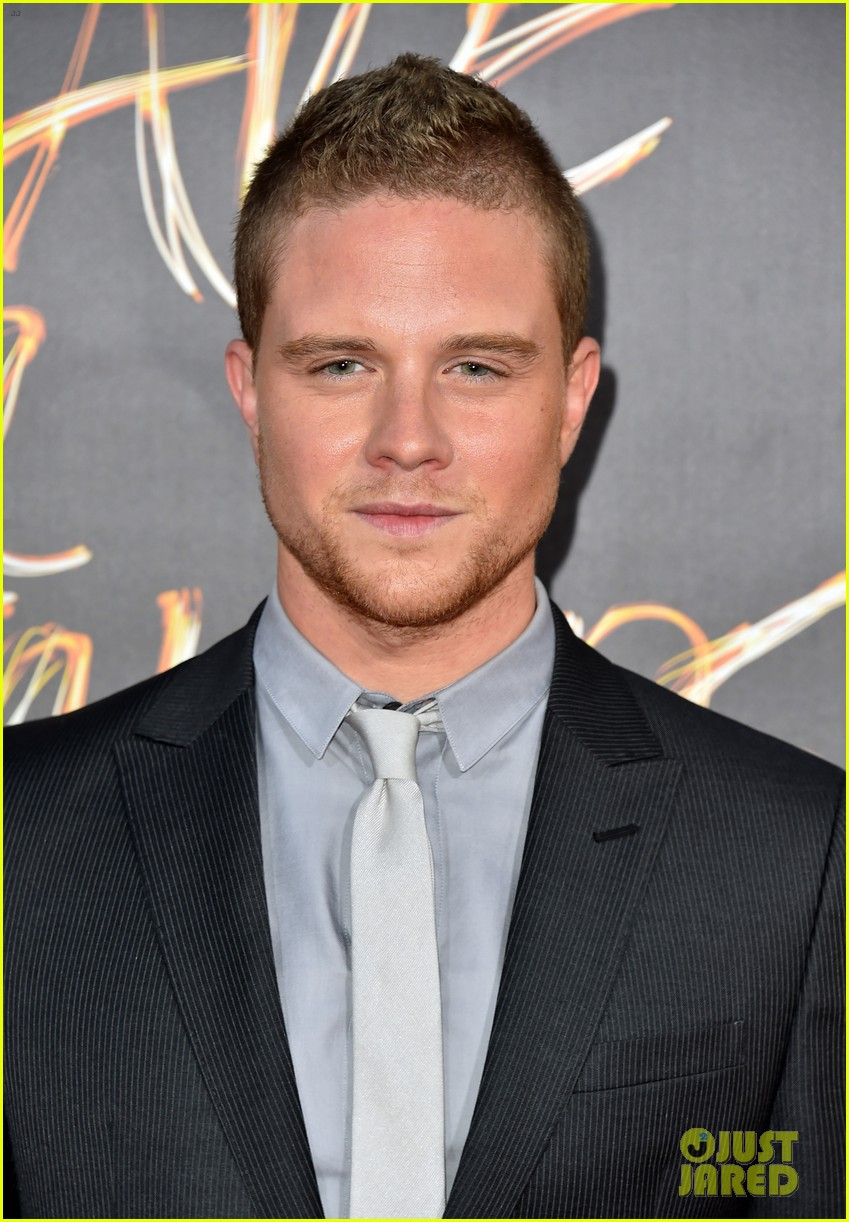 jonny weston shiloah fernandez we are your friends premiere 313442982