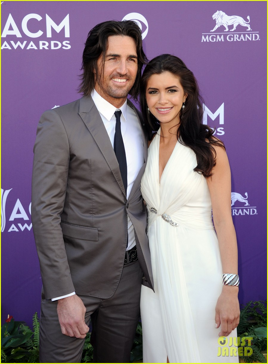 Jake owen amp wife lacey buchanan are getting orced photo 3432820