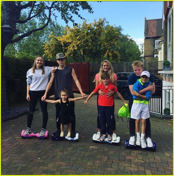 david beckhams four kids ride hoverboards together 023472866