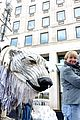 emma thompson protests shell arctic drilling 17
