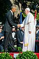 president obama welcomes pope francis to the white house 08