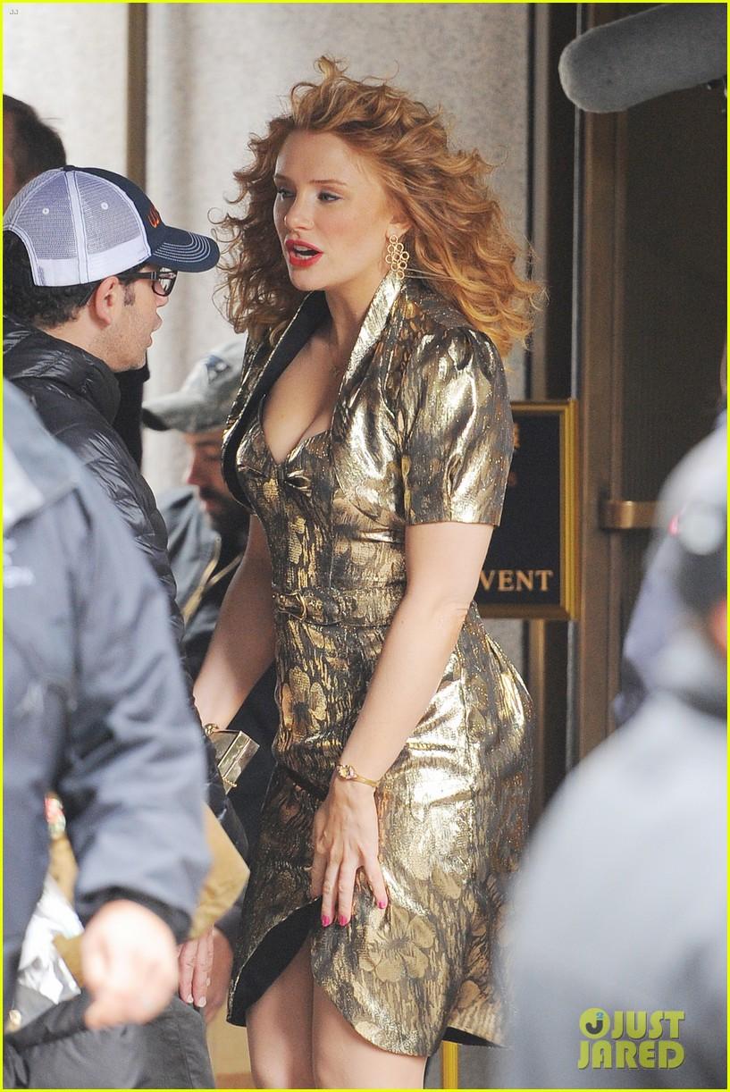 Mila Kunis Weight Gain For Movie Matthew McConaughey is...