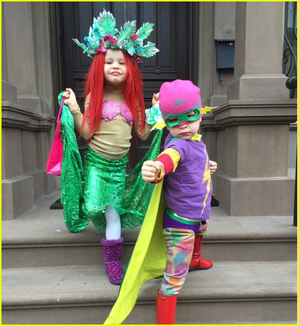 neil patrick harris kids first halloween costumes are so cute - Oprah Winfrey Halloween Costume