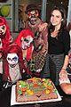 selena gomez bailee madison birthday knotts scary farm 10