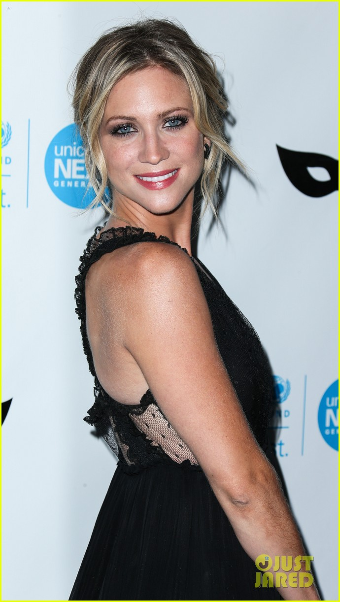 brittany snow annalynne mccord more unicef black white ball 173496655
