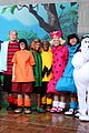 today show hosts wear spot on peanuts costumes for halloween 07