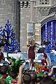 ariana grande seal jason derulo more disney christmas parade 09.