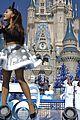 ariana grande seal jason derulo more disney christmas parade 29