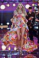 candice swanepoel victorias secret fashion show 2015 03