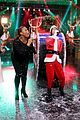 jimmy fallon rashida jones sing holiday parodies 03