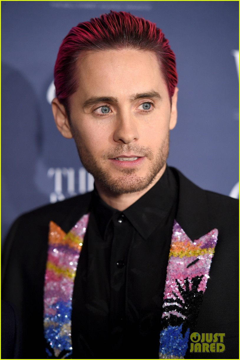Jared Leto Slicks Back Pink Hair for WSJ's Innovator Awards : Photo ...