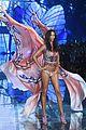 adriana lima alessandra ambrosio victorias secret fashion show 2015 24
