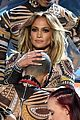 jennifer lopez performs dances american music awards 2015 23