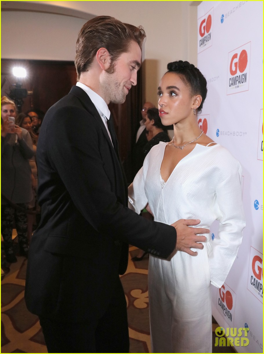 robert pattinson fka twigs have a date night with katy perry 013507349