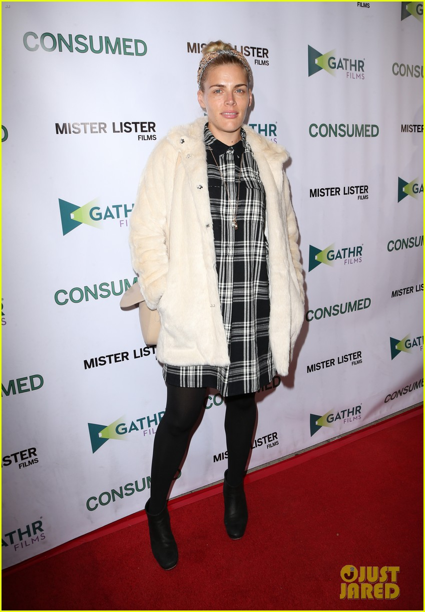 busy philipps grace gummer more support zoe lister jones at consumed 303506669