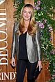 cindy crawford her family celebrate her book 17