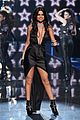 selena gomez performs at victorias secret fashion show 2015 05