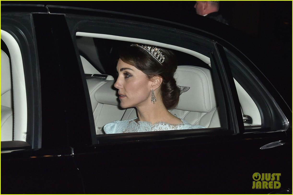 Full Sized Photo Of Kate Middleton Wears Princess Dianas Old Tiara 04
