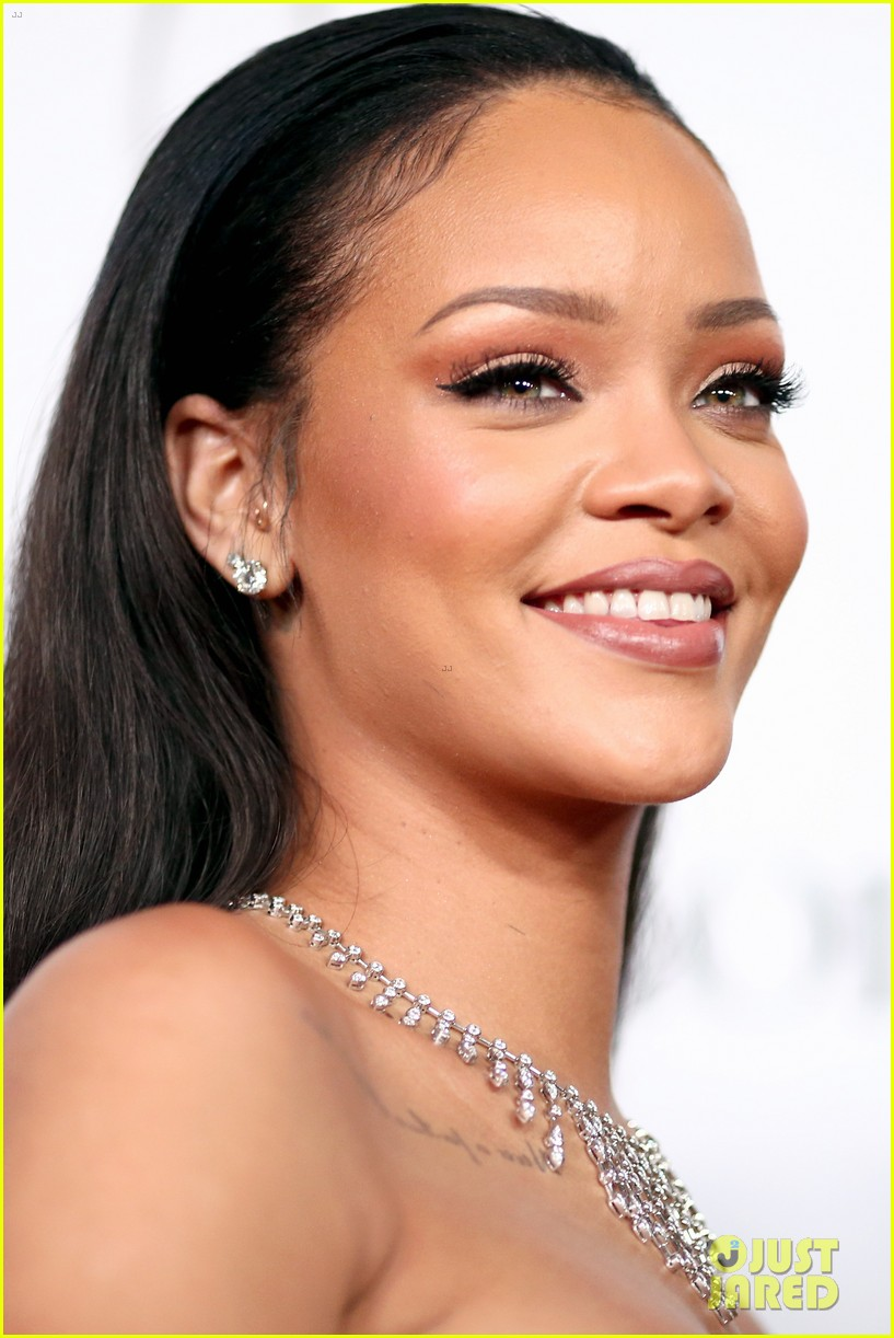 rihanna diamond ball 2015 173527763