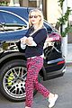 reese witherspoon shows off x mas tree 22