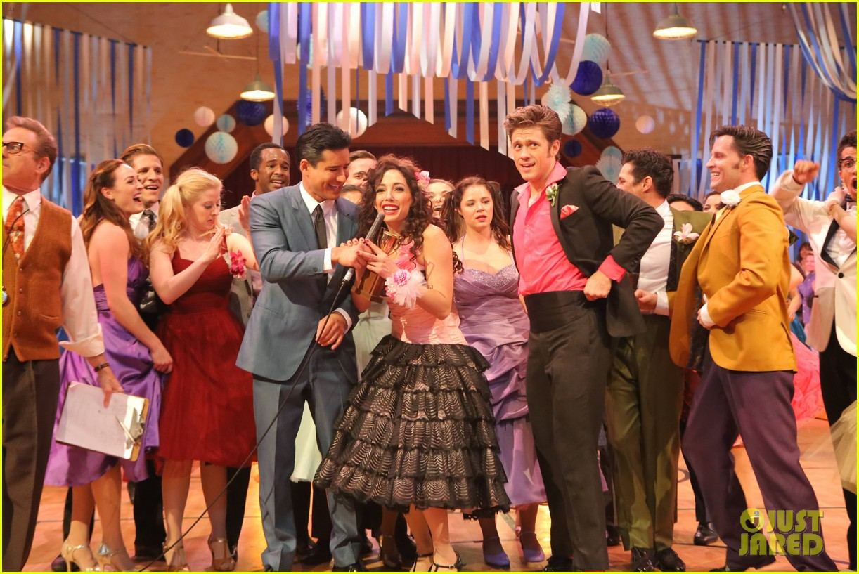 grease live meet cast