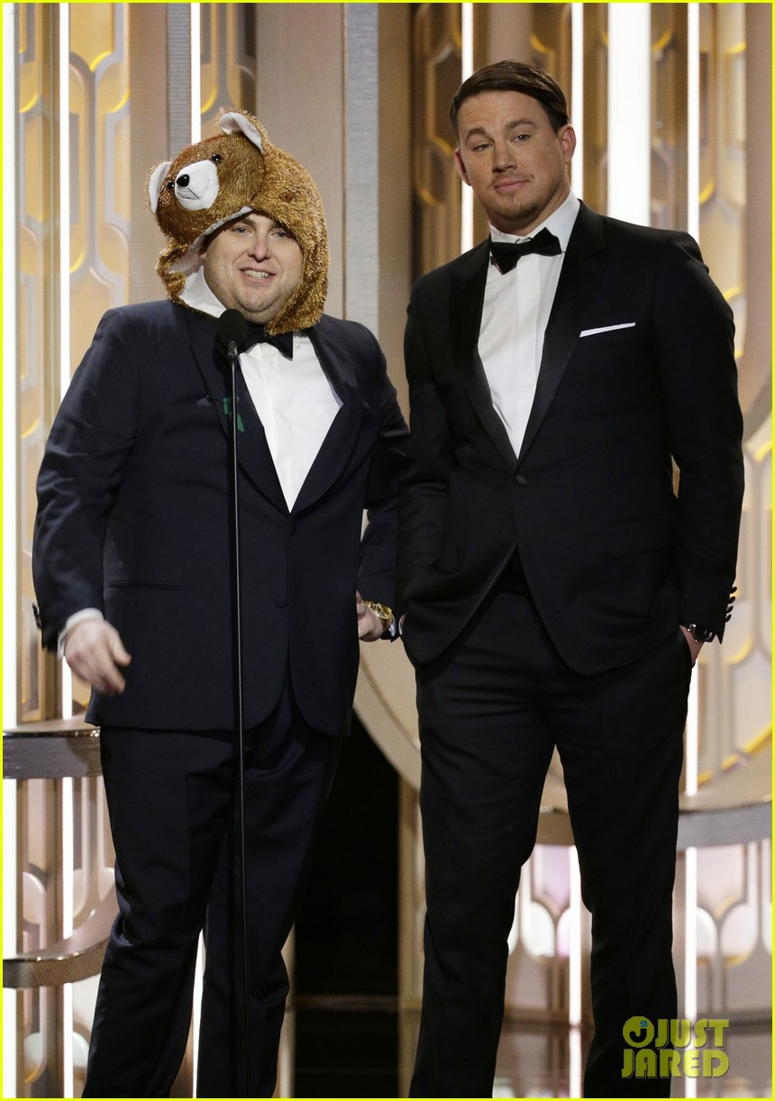 http://cdn03.cdn.justjared.com/wp-content/uploads/2016/01/hill-gg/jonah-hill-bear-golden-globes-2016-04.jpg