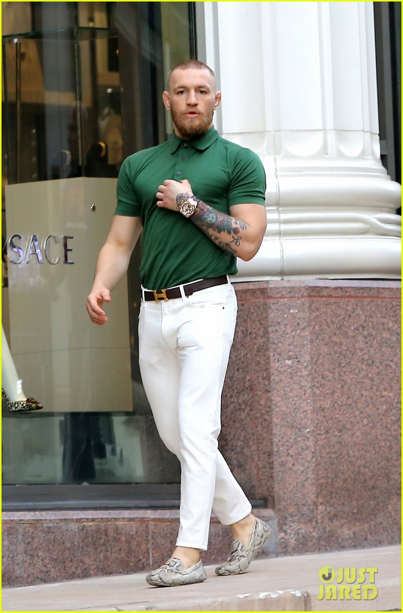 UFC's Conor McGregor Shows Off Fashion Cred on Rodeo Drive: Photo ...