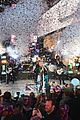 carrie underwood new years eve 2016 06