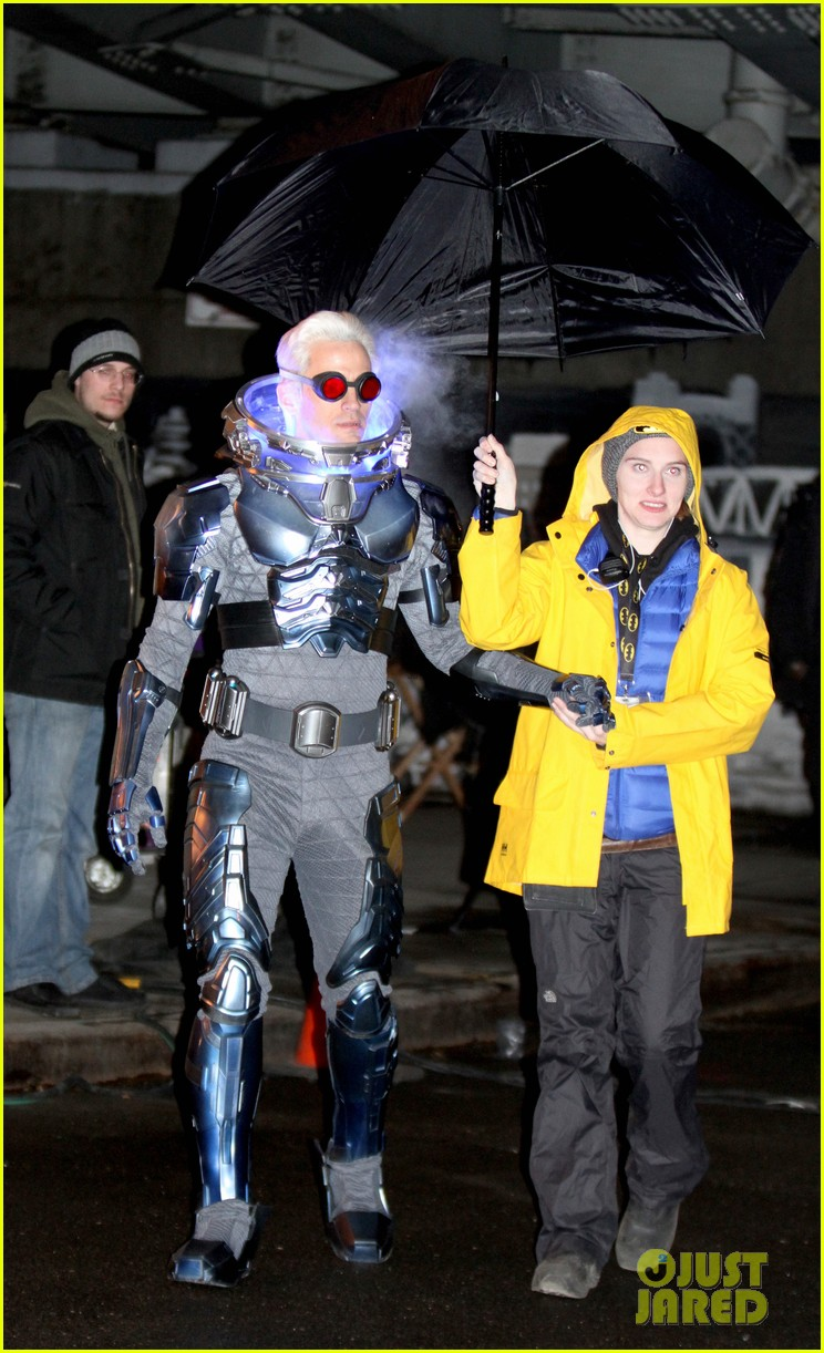 nathan darrow as mr freeze on gotham first look photos 03