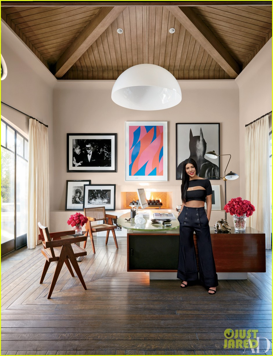 Kourtney khloe kardashian show off their homes in for Architectural digest show