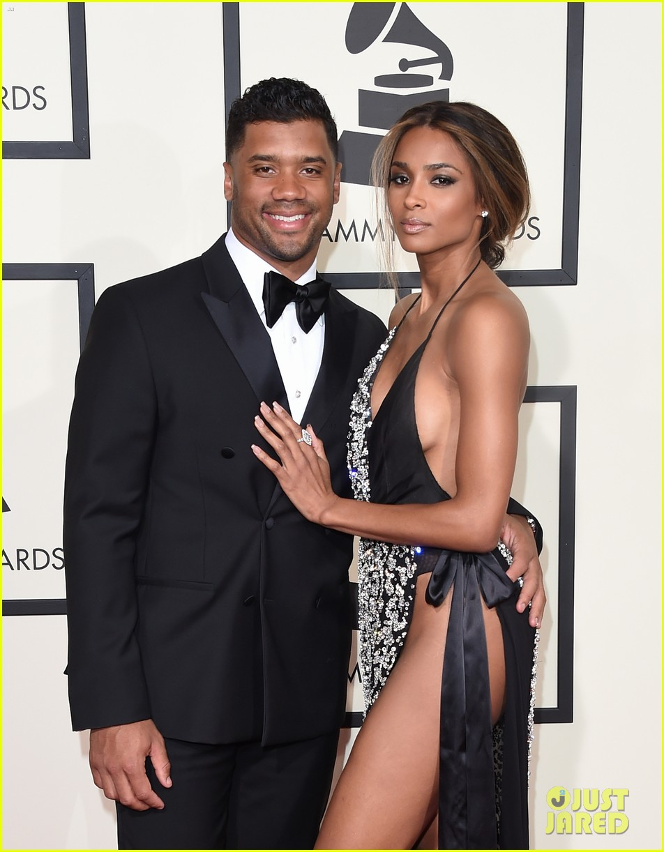 ciara is engaged to russell wilson 023603265