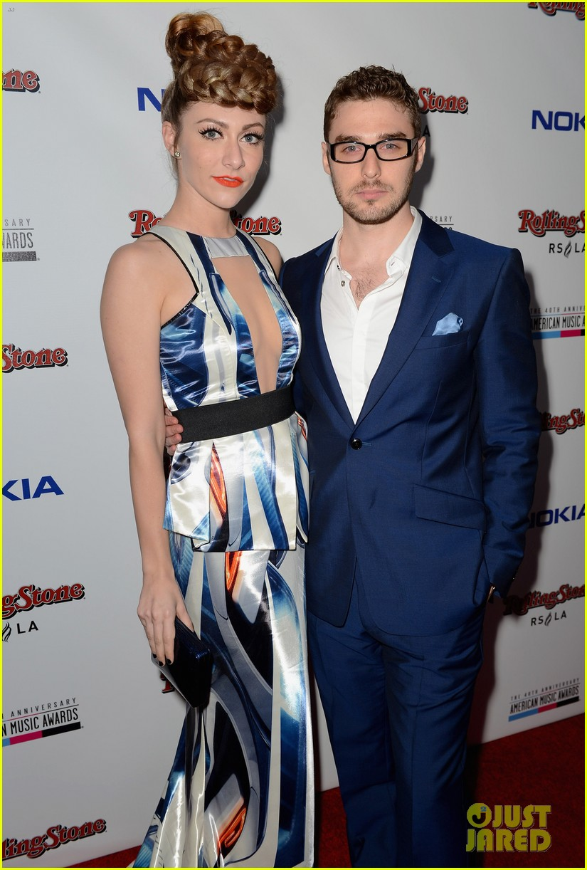 karmin amy and nick dating Amy heidemann and nick noonan of karmin have been dating for about 5 years and are now engaged share to:  amy heidemann and nick louis noonan,.