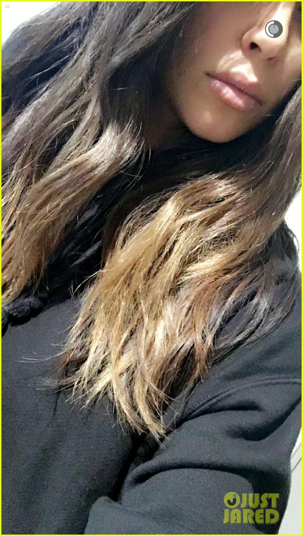 kim kardashian shows off new ombre hair color photo