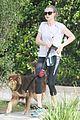 amanda seyfried sunny jog finn dog 07