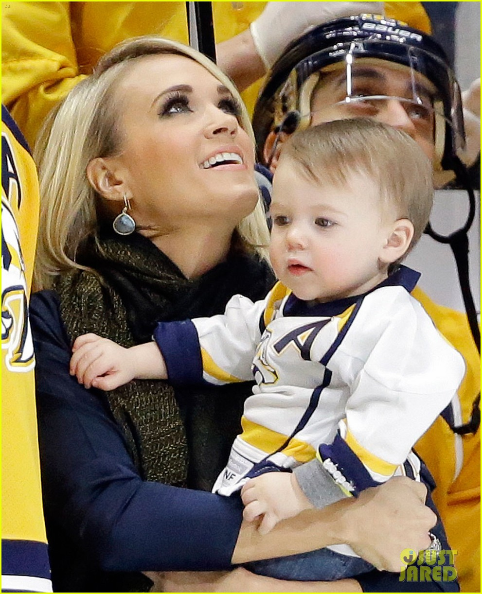 Carrie underwood mike fisher and baby pictures to pin on for Mike fisher and carrie underwood baby