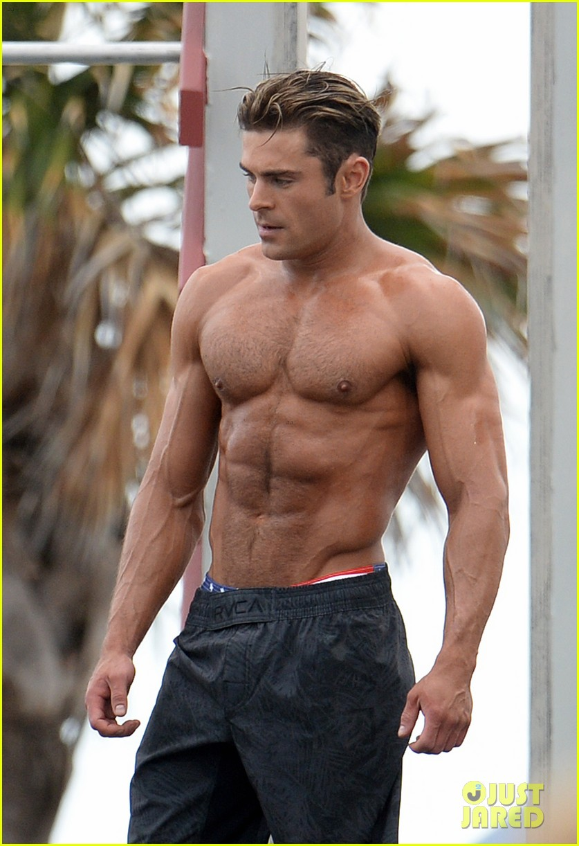 Zac Efron With Nude Model 42