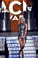 carrie underwood acm awards 2016 performance 01