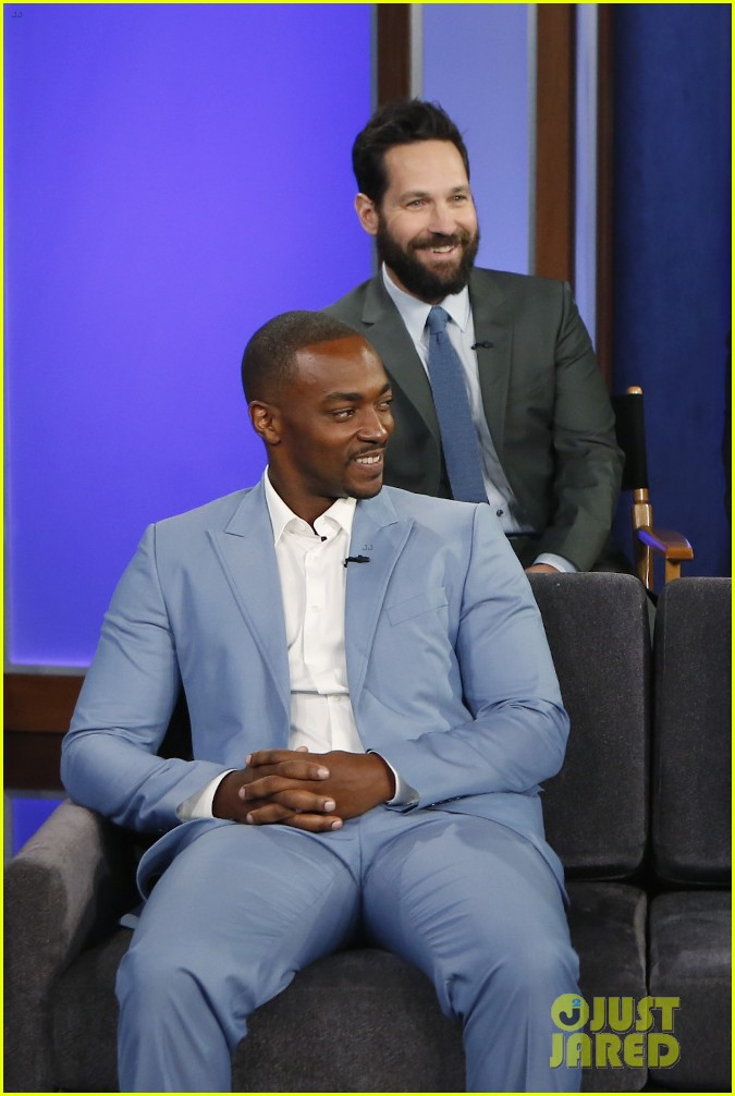 http://cdn03.cdn.justjared.com/wp-content/uploads/2016/04/evans-cajklive/chris-evans-sebastian-stan-anthony-mackie-paul-rudd-face-off-in-personal-trivia-20.jpg