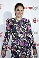 mila kunis bad moms stars accept female stars award at cinemacon 23