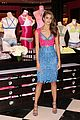 taylor hill chops off hair into chic pixie 03