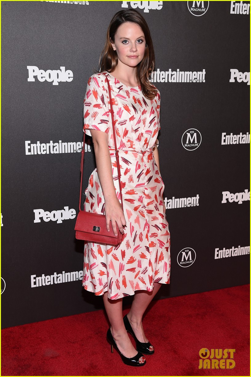 vanessa hudgens joins stars at ew people upfronts party 033658350