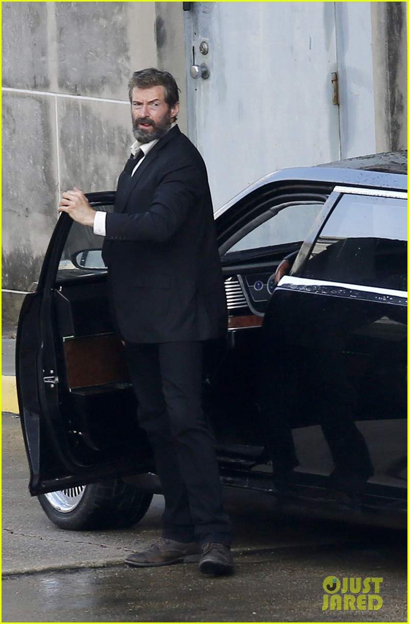 http://cdn03.cdn.justjared.com/wp-content/uploads/2016/05/jackman-firstwolv/hugh-jackman-beard-wolverine-3-set-photos-10.jpg