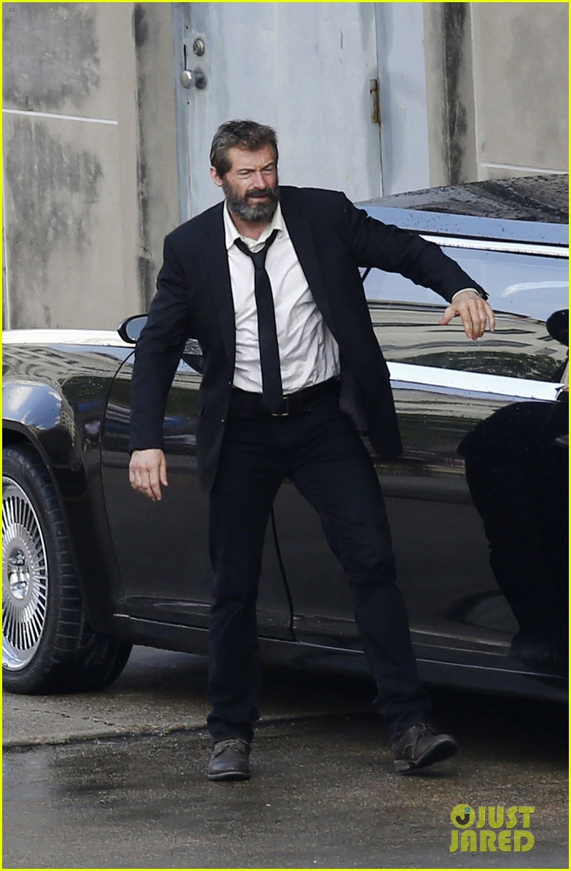 http://cdn03.cdn.justjared.com/wp-content/uploads/2016/05/jackman-firstwolv/hugh-jackman-beard-wolverine-3-set-photos-11.jpg