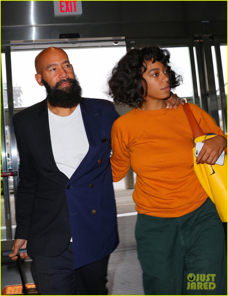 solange knowles cryptic diss met gala 023647408