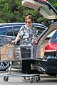 amy poehler stocks up on groceries before the weekend 10