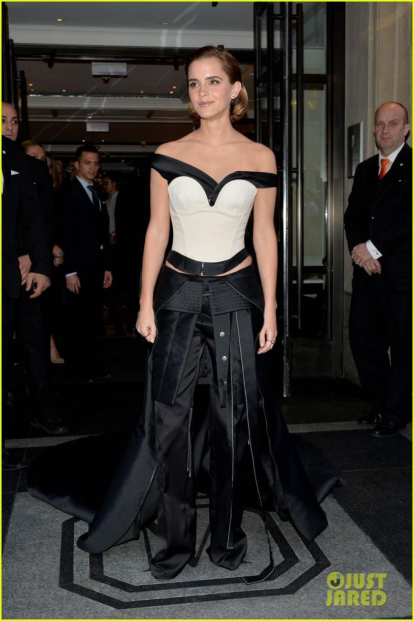 Emma Watson Stuns In Organic Gown At Met Gala 2016 Photo