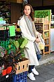 alicia vikander fresh groceries farmers market sydney 03