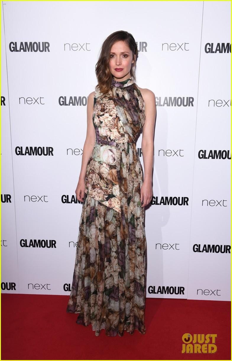 http://cdn03.cdn.justjared.com/wp-content/uploads/2016/06/byrne-glamour/rose-byrne-naomie-harris-elizabeth-banks-glamour-women-of-the-year-10.jpg