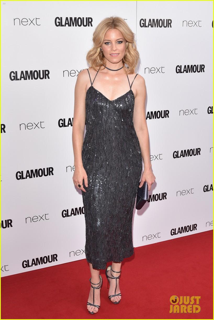 http://cdn03.cdn.justjared.com/wp-content/uploads/2016/06/byrne-glamour/rose-byrne-naomie-harris-elizabeth-banks-glamour-women-of-the-year-23.jpg