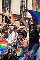 hillary clinton nyc pride parade 2016 03
